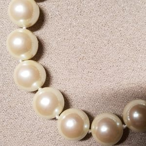 Marvella Jewelry - Vintage Marvella Pearl Necklace w/tags